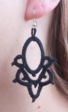 Ravelry: Oval Earring pattern by Marie Lize