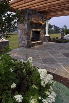 Milled flagstone patio, pergola, and fireplace- clean open back patio area. Back Patio, Backyard Patio, Backyard Landscaping, Diy Patio, Patio Roof, Pergola Patio, Outdoor Rooms, Outdoor Gardens, Outdoor Living