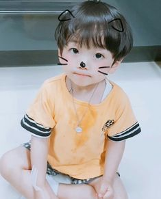 Cute Baby Puppies, Cute Baby Boy, Cute Little Baby, Pretty Baby, Baby Love, Cute Kids, Baby Kids, Cute Asian Babies, Cute Asian Guys