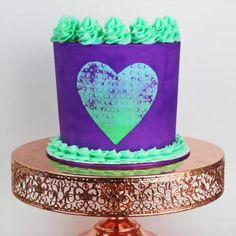 Decorating a cake with a chopstick! Cake Decorating For Beginners, Creative Cake Decorating, Cake Decorating Designs, Cake Decorating Techniques, Cake Decorating Tutorials, Cake Designs, Cookie Decorating, Cake Decorating Frosting, Christmas Cake Decorations