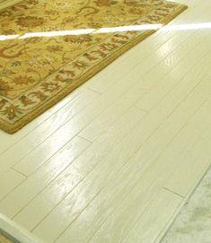 painting old hardwood flooring Painted Hardwood Floors, Types Of Wood Flooring, Old Wood Floors, Hardwood Floor Colors, Oak Laminate Flooring, Light Hardwood Floors, Diy Flooring, Wooden Flooring, Kitchen Flooring