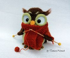 "purlheart: "" Super cute crochet owls by Tamara Nowack. Knitted Owl, Crochet Owls, Crochet Amigurumi, Knit Or Crochet, Cute Crochet, Amigurumi Patterns, Crochet Animals, Knitting Patterns, Crochet Patterns"
