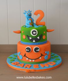 Birthday cakes for boys Monster Birthday Cakes, Monster Birthday Parties, Mickey Birthday, Sophia Cake, Alien Cake, Cake Competition, Boys First Birthday Party Ideas, Alien Party, Character Cakes