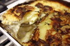 A Basic Cook - Potatoes Dauphinoise Potatoes Dauphinoise, How To Cook Potatoes, Cheesesteak, Lasagna, Cauliflower, Vegetables, Cooking, Ethnic Recipes, Food