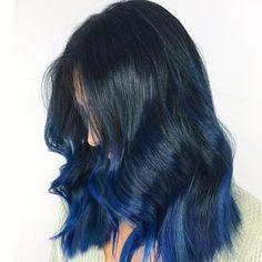 20 Awesome Blue Black Hair Looks To Raise Charm Hair Color Balayage, Hair Highlights, Hair Caramel, Blue Black Hair Color, Blue Ombre, Blue Brown, Pelo Color Azul, Pulp Riot Hair Color, Line Bob Haircut