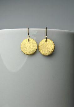 Small Gold Disc Earrings, Gold Dangle Earrings, Minimalist Earrings, Simple Gold Disc Earrings, Dainty Circle Earrings Mother Gift For Women