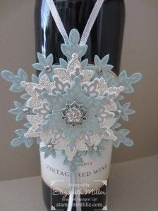 Stampin Up Festive flurry bundle snowflake tag. Featuring stamp set and framelits.