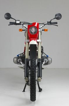 BMW R80 G/s - THE FIRST EVER... Enduro Motorcycle, Bmw Scrambler, Motorcycle Engine, Bmw Boxer, Bike Bmw, Bmw Motorcycles, Custom Bmw, Custom Bikes, Bmw R1100gs