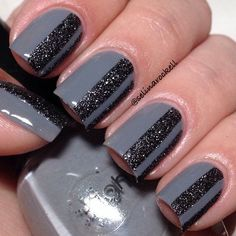 selinarockell #nail #nails #nailart.. JUST OME BLACK STRIP DOWN THE MIDDLE OF THE NAIL WILL WORK