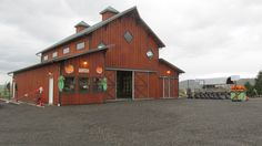 Just finished building this commercial barn for Carleton Farm in lower Snohomish Valley. Farm is open daily from 10am to 7pm. Constructed by Spane Buildings of Mount Vernon, WA.