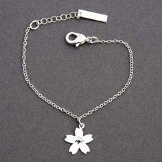 24ec72f4c8296 bracelet jeune fille - Célébrons votre amour avec nos magnifiques  collections de bagues de fiançailles. Trouvez la meilleure et parfaite  collection de ...