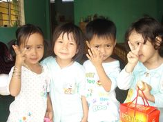 Projects to make shorts, dresses, messenger bags, pencil pouches and simple diapers for orphans in Vietname