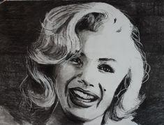 Marilyn Monroe - charcoal, 2021 Marilyn Monroe, Che Guevara, Charcoal, My Arts, Artwork, Work Of Art, Auguste Rodin Artwork, Artworks