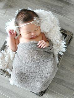 Kari Flores Photographer , newborn , newborn girl, Orange County , oc photographer , grey