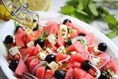 Wassermelonensalat mit Oliventofu & Minze