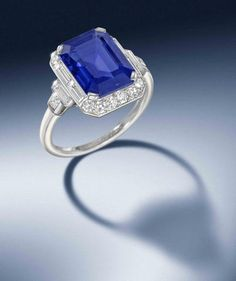 LONDON – A collection of Art Deco treasures, many of which are signed examples by legendary jewellers Cartier, are just one highlight of the Fine Jewellery sale on 4th December at Bonhams New…