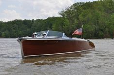 "1941 Chris-Craft 27′ Model 115 Custom ""Runaway Jane"""