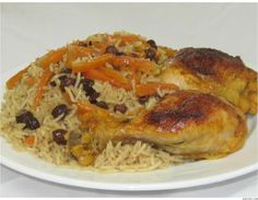 Qabili Murg Palau (Rice dish with chicken) Replaced the chicken with soy curls.