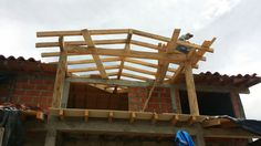 Construcción techo casa San Vicente