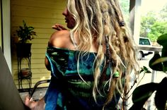 I'm in love with her hair.
