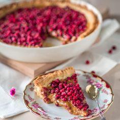 Syksyn paras puolukkapiirakka on tässä! Ice Cream Pies, Most Delicious Recipe, Sweet Pie, Pie Recipes, Waffles, Yummy Food, Sweets, Baking, Breakfast