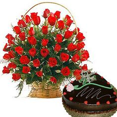 Send anniversary cakes and flowers to Chennai