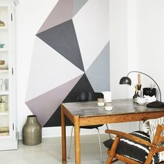Living Room Wall Décor Ideas So You Can Finally Fill That Blank Space Workspace with gray geometric paint DIY. The post Living Room Wall Décor Ideas So You Can Finally Fill That Blank Space & Wohnideen appeared first on Geometric paint . Room Wall Decor, Diy Wall Decor, Geometric Wall Paint, Geometric Painting, Block Wall, Geometric Designs, Geometric Shapes, Geometric Decor, Geometric Patterns