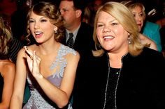 Taylor Swift fans around the world have united on social media to pray for the 25 year old singer's mother, Andrea Finlay, following the news of her cancer diagnosis. Description from breakingchristiannews.com. I searched for this on bing.com/images