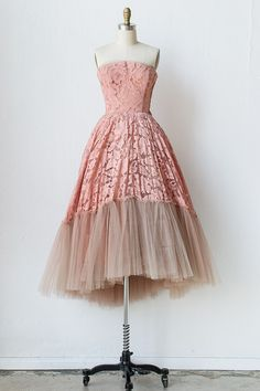 What?! This is incredible! Vintage 1950 pink lace tulle ball gown