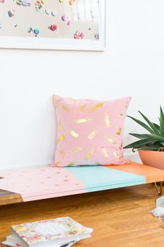 This abstract DIY modern low bench is the perfect DIY before the holidays kick-off and you're looking for some extra seating!