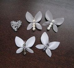 Jewelry Crafts, Handmade Jewelry, Handmade Gifts, Leather Jewelry, Leather Craft, Butterfly Crafts, Beaded Ornaments, Beads And Wire, Hobbies And Crafts