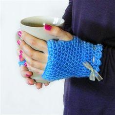 Vintage Fingerless Gloves - Crochet Me - free crochet pattern