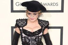 """Madonna alfineta filme """"50 tons de cinza"""" e diz ser para virgens - http://metropolitanafm.uol.com.br/novidades/famosos/madonna-alfineta-filme-50-tons-de-cinza-e-diz-ser-para-virgens"""