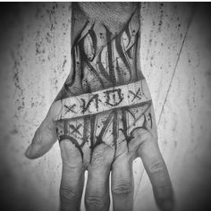hand tattoo lettering trust noone