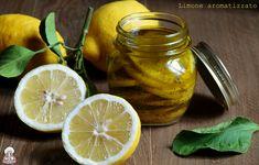 Se anche voi adorate il limone,questa ricetta vi farà venire l'acquolina in bocca!Il limone aromatizzato conservato sott'olio è facile e veloce da fare.