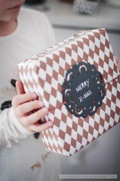 Fräulein Klein : DIY stamps & Wrap it