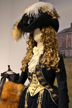 Jennelise: Movie Costumes - The Duchess