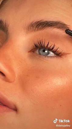 Makeup Eye Looks, Cute Makeup, Pretty Makeup, Makeup Videos, Makeup Tips, Beauty Makeup, Casual Makeup, Simple Makeup, Flawless Makeup