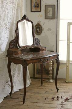 アンティークドレッサー ドレッシングテーブル フランス ルイ15世ロココ 薔薇 ウォールナット
