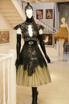 Aksudo Kudo couture laser cut latex elaborate outfit.