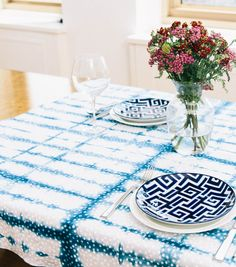 Shibori Dyed Table Runner using fabric and supplies from @joannstores. Click through for full tutorial and materials list!