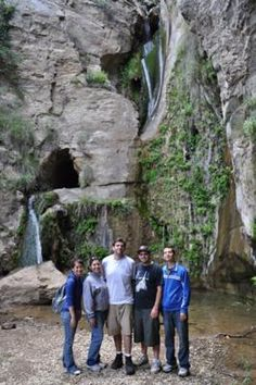 Blackstar Canyon Falls: About a year ago, I was given a newspaper article describing these hidden falls in Orange County.   The article itself did not specify the exact location,
