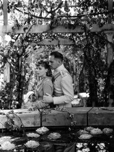 Anna Karenina, Greta Garbo, Fredric March, 1935 Poster at AllPosters.com