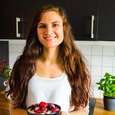 Dinkel & Beeren - Blog über Gesunde Ernährung | Dinkel & Beeren Vegan Blogs, Long Hair Styles, Beauty, Berries, Healthy Food, Healthy Recipes, Health, Cooking, Long Hairstyle
