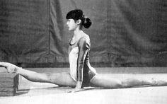 「女子体操競技入門 - 翔ぶ!舞う!華麗な演技にチャレンジ 」柔軟なからだづくり その3