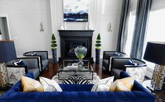 Black White Living Blue Shades and Blue Sofa Design Decoration for Your Living Room With Blue Color Black And White Living Room, Living Room Grey, Formal Living Rooms, Living Room Decor, Black White, Living Area, Small Living, White Zebra, White Rug
