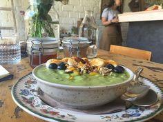 Τα 10+3 καλύτερα brunch της Αθήνας - www.olivemagazine.gr Brunch, Table Settings, Place Settings, Tablescapes