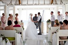 Island Wedding inspiration | Featured Bride Catherine | Nadi Bay Photography | www.borrowdedandblue.kiwi