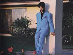 Nobody wears a suit like Prince.