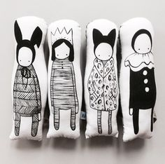 What a lovely collection of hand-painted, hand-sewn dolls by Naked Lunge <3 <3